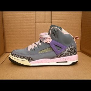 Nike girls spizikes Size 6.5Y